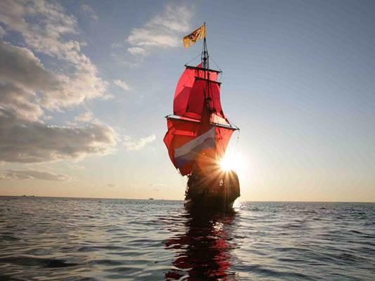 подгоняемая шестами лодка хорошо шла по течению